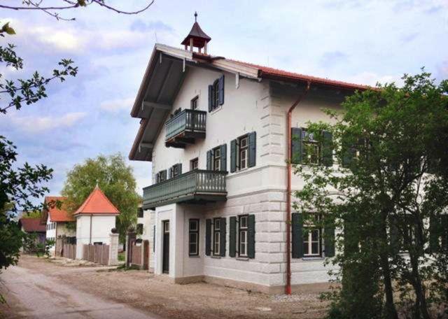Fassadengestaltung  Fassadengestaltung - Form und Farbe Ehmann